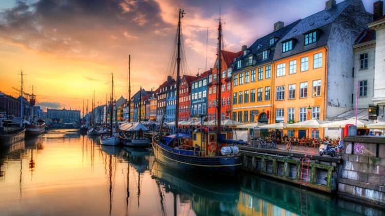 Nyhavn - porto antico di Copenaghen